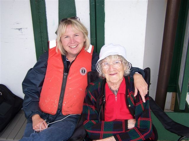Margaret Connors with daughter Bernadine Elliott